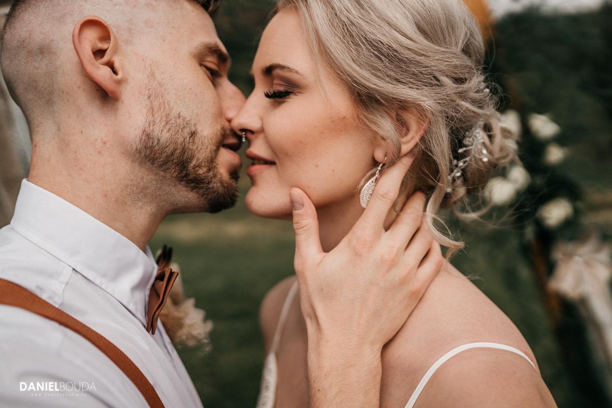 Svatební fotograf Chomutov - BOHO svatba