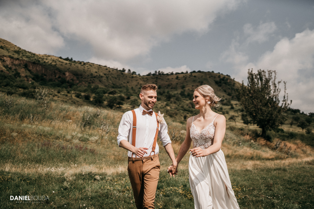 svatebni-fotograf-boho-svatba-louny-most-chomutov-0202